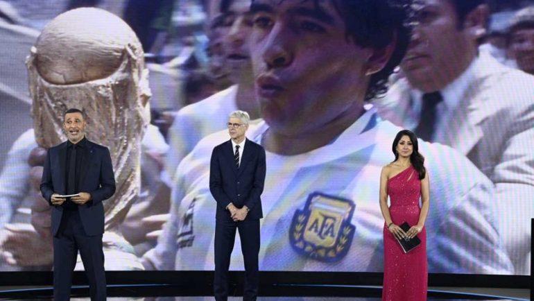Fifa Rinde homenaje a Maradona y paolo Rossi